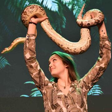 Sterrin Smalbrugge – Reptielenreis – Theater tickets